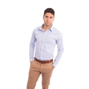 camisa lisa formal de hombre